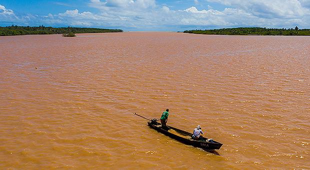 Apoio à comunidades pesqueiras da região Sul da Bahia